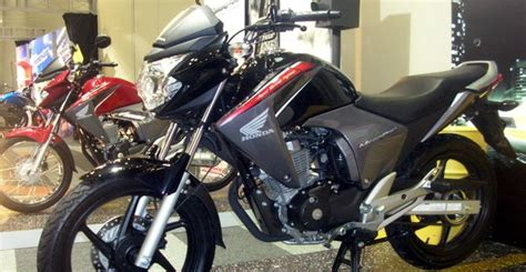 Modifikasi Motor New Megapro 2011 by Gambar Honda New Megapro 2010 Modifikasi Dan Spesifikasi
