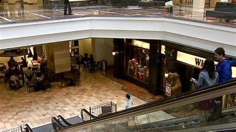 Garden State Plaza Paramus Mall by Paramus Park Mall Garden State Plaza Will Be Open On