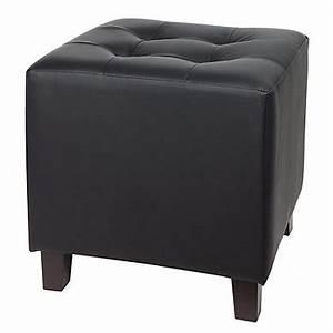 Pouf Exterieur Gifi : pouf x cm capitonne noir with pouf coffre de rangement gifi ~ Teatrodelosmanantiales.com Idées de Décoration