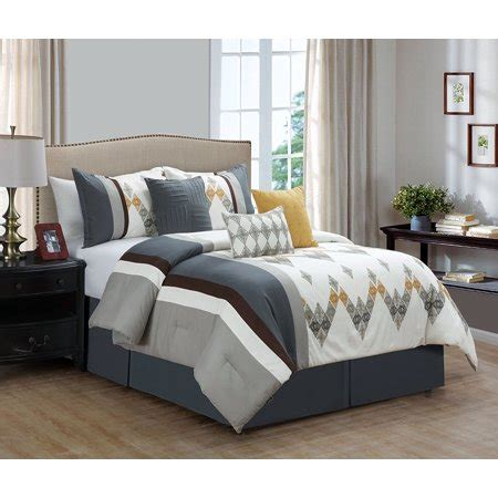White Accent Pillows For Bed by 7 Bedding Set White Grey Comforter With Accent