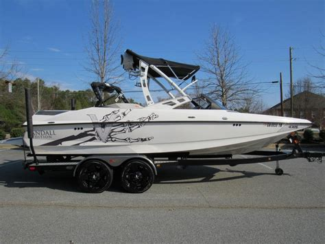 Axis Boats Vandall Edition by 2012 Vandall Edition Axis A22 Wakeboard And Wakesurf Boat