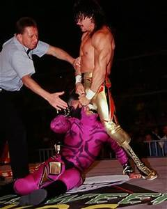 Eddie Guerrero vs. Rey Mysterio Jr. Halloween Havoc 1997 ...