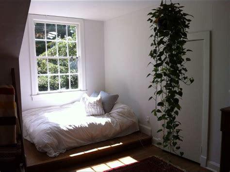 Plants In Bedroom by Hanging Plant Bedroom