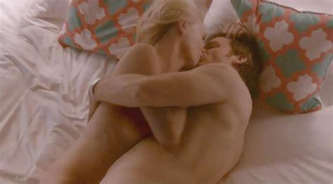 Naked Yvonne Strahovski In Dexter