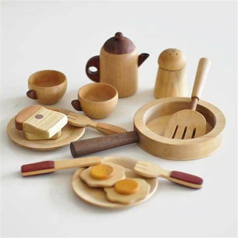ustensile de cuisine en bois ustensile de cuisine en bois décoration de maison