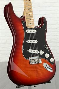 Fender Player Series Stratocaster Plus Top