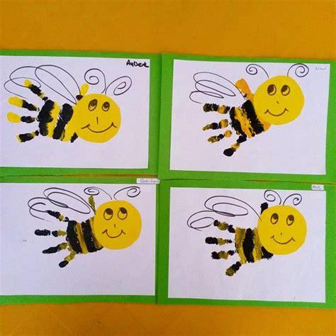 handprint bee craft 1 year classroom ideas bee 881   d9205ce3901d203d3effb6561b56caa6