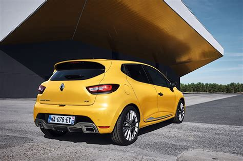 siege arriere clio 3 2017 renault clio rs unveiled along with clio gt line