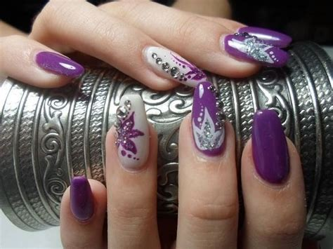 40 Nail Art Ideas To Make Others Envious