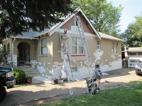 4 mistakes to avoid when hiring a house painter better housekeeper