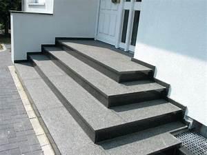 Hauseingang Treppe Modern : sofaecke gestalten gra 1 4 ssen und hauseingang treppe vom eingangsbereich auaen hauseingange mit ~ Yasmunasinghe.com Haus und Dekorationen