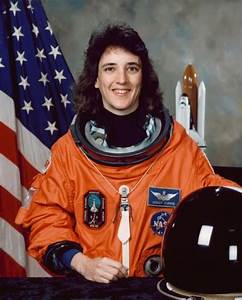 Famous Female Astronauts - Pics about space