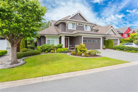Easy And Cheap Curb Appeal Ideas