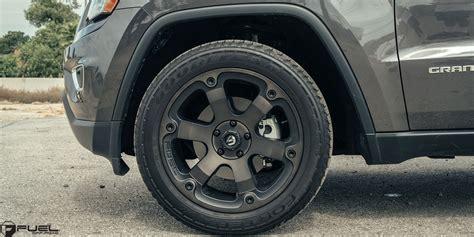 car jeep grand cherokee  fuel  piece beast
