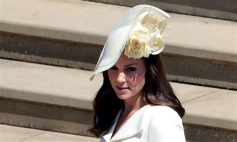is kate middleton s new ring worn at royal wedding a push present for prince louis