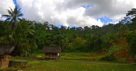 komunikasi antarbudaya kampung naga tasikmalaya jawa barat
