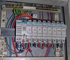 Tableau électrique Triphasé Legrand : tableau electrique rallonger fils maisons naturelles ~ Edinachiropracticcenter.com Idées de Décoration
