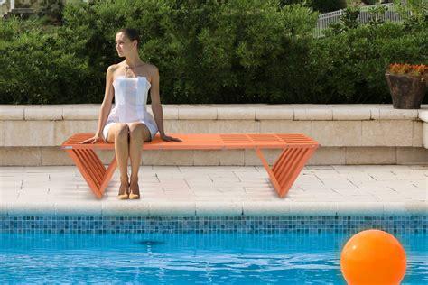 glodea offers  xquare bench  aquatics international