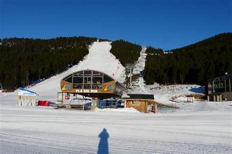 station de ski des angles depuis les angles pyr 233 n 233 es orientales