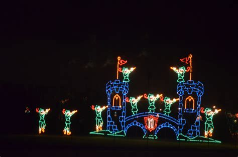 portland international speedway christmas lights things to do in oregon on black friday instead of shopping
