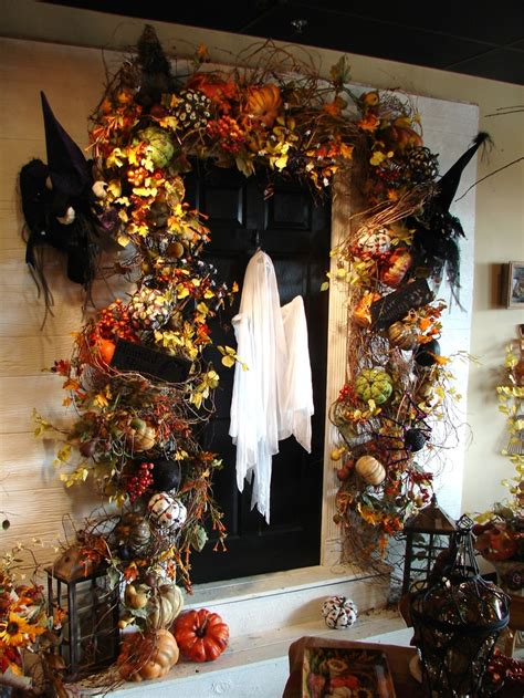 scary decorations for 40 cool front door decor ideas digsdigs