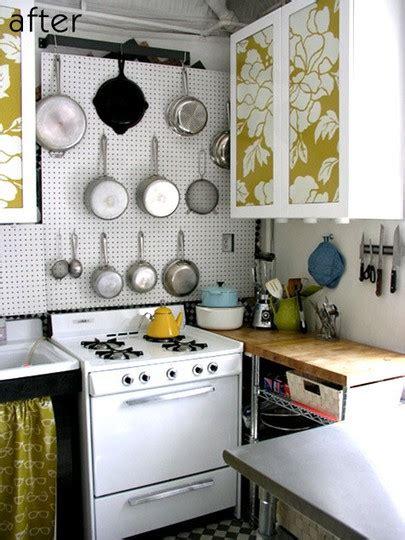 cool small kitchen ideas 33 cool small kitchen ideas digsdigs
