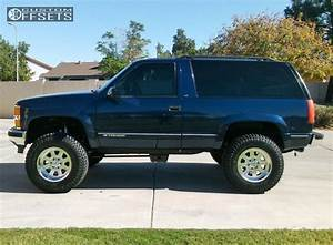 1998 Chevrolet Tahoe Moto Metal Mo972 Rough Country Suspension Lift 4in