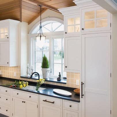 Kitchen Window Sill Ideas by 1000 Ideas About Kitchen Window Sill On