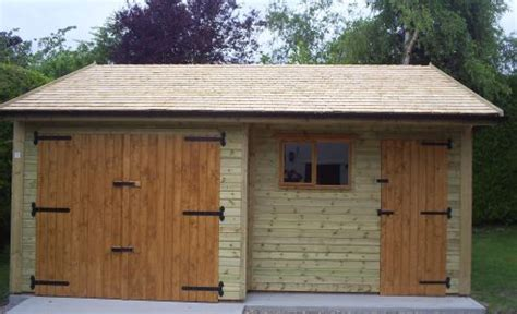 Warwick Garage, Timber Garages, Workrooms, Timber