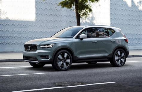 volvo xc40 officially revealed debuts care by volvo