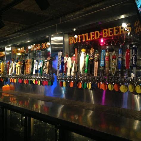 530 university ave se, marcy holmes, minneapolis. Williams Uptown Pub & Peanut Bar - Uptown - Minneapolis, MN