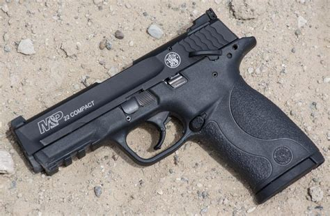 We Test The New Smith & Wesson M&p22 Compact