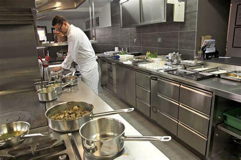 cuisine de a z chef la cuisine du chef 28 images pochoir cuisine du chef
