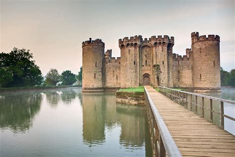 Bodiam Castle Wallpapers by Strangepegs Abandoned Places Bodiam Castle And Iwsg