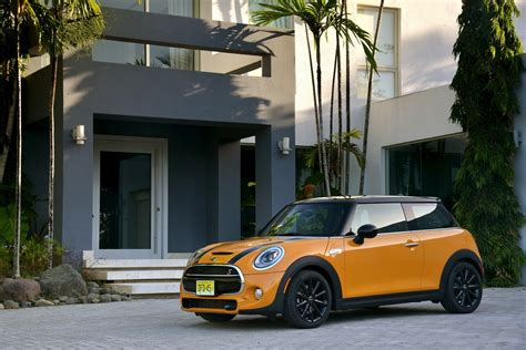 Mini Cooper 5 Door Backgrounds by Mini Cooper S 5 Door Your Funky Hd Wallpapers Are Served