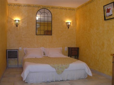 le clos des lavandes charming bed and breakfast in