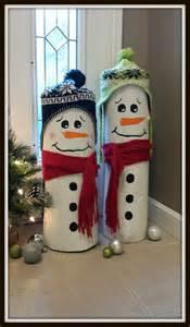 Snowman Made From Logs DIY