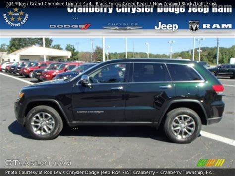 Black Forest Green Pearl 2014 Jeep Grand Cherokee