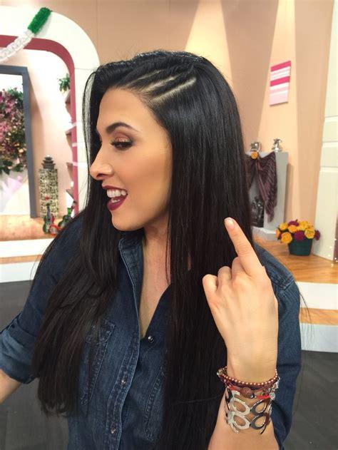 peinados de trenzas de lado  cabello suelto ecija