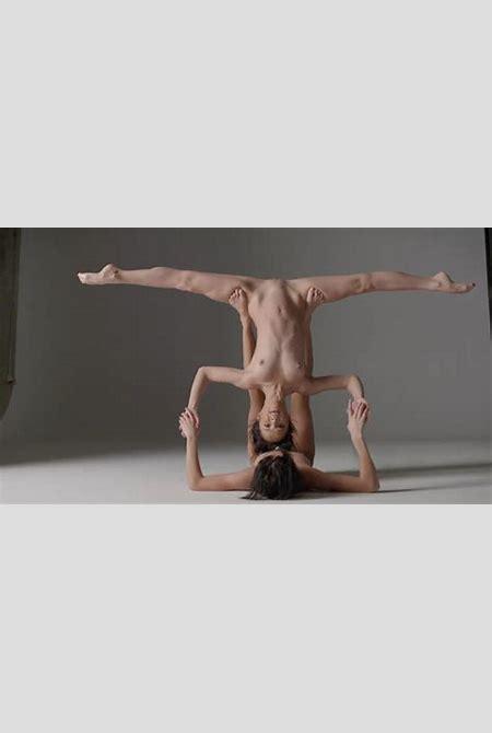 Nude Dance Performance – Pornology