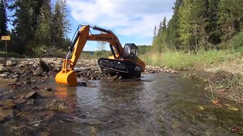 rc adventures gold prospecting   rc  scale earth digger xl hydraulic excavator