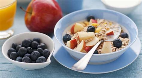 Does Eating Breakfast Before A Workout Boost Weight Loss