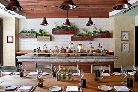 herbes aromatiques cuisine jardinière plantes aromatiques cuisine fleur de