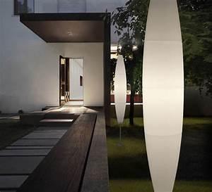 Luminaire Exterieur Design : lampadaire exterieur design 42 id es lumineuses ~ Edinachiropracticcenter.com Idées de Décoration