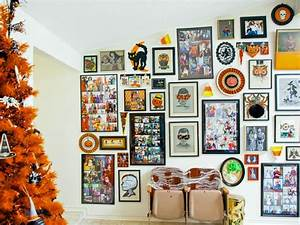 How to Make Gallery Wall Full of Halloween Artwork DIY