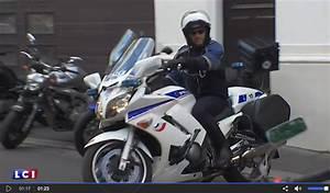 Moto Et Motard : nouvel quipement des motards de la police a coince moto magazine leader de l ~ Medecine-chirurgie-esthetiques.com Avis de Voitures