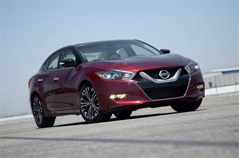2016 Nissan Maxima Reviews And Rating  Motor Trend