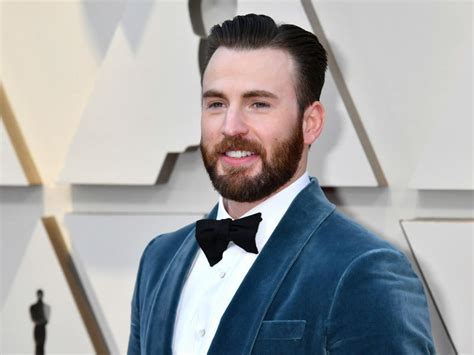 Chris Evans Speaks on Leaked Explicit Photo | News Break