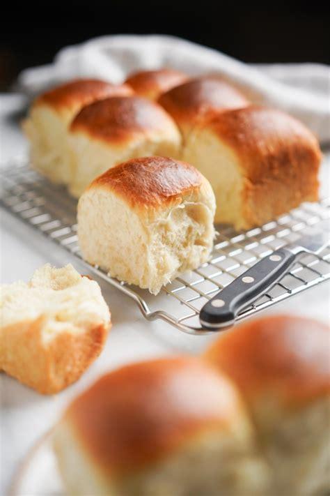 Hokkaido milk bread or japanese milk bread is wellknown of it's milky flavor, softness and fluffiness. Japanese Milk Bread Recipe (Hokkaido Milk Bread Rolls) - Hungry Huy