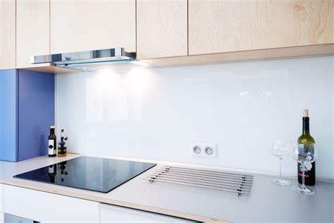 credence en verre trempé pour cuisine crédence de cuisine en verre sur mesure livraison dans